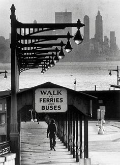 Horst Schäfer, Walk to Ferries, 1962