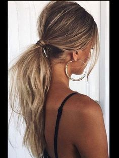Tousled Low Ponytail - The Coolest Ponytail Hairstyles Ever - Photos - ., Frisuren,, Tousled Low Ponytail - The Coolest Ponytail Hairstyles Ever - Photos - Source by Holiday Hairstyles, Quick Hairstyles, Summer Hairstyles, Straight Hairstyles, Braided Hairstyles, Celebrity Hairstyles, Celebrity Outfits, Pretty Hairstyles, Prom Ponytail Hairstyles