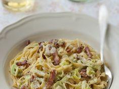 tagliatelle, poireau, lardons, crême fraîche, beurre, Poivre, Sel, parmesan