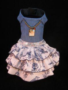 NEW Dog Dress _ Song Bird Dog Dress XS _ Dog Clothes