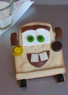 Tow Mater Cookies and White Wall Tire Treats