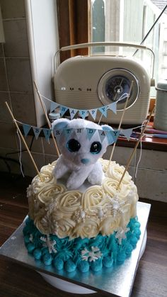 Beanie Boo meets Frozen in Eves Birthday Cake