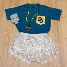 Love the versatility and detail in this Baylor comfort colors frocket style! Dress it up for game day or dress down for class.