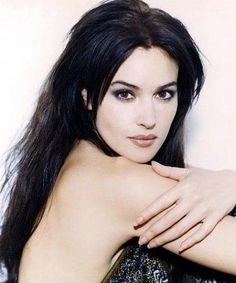 monica bellucci - Page 4 Beautiful Celebrities, Beautiful Actresses, Most Beautiful Women, Beautiful Females, Monica Belluci, Divas, Bond Girls, Actrices Hollywood, Italian Actress