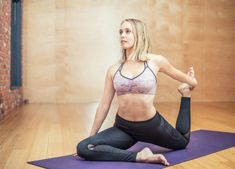 In this post, we explain the many benefits of yoga for people who are in addiction recovery. We also list many important yoga postures to help you secure your recovery for good. Pranayama, Hiit, Yoga Quotidien, Health Benefits Of Collagen, What Is Collagen, What Is Health, Full Body Workout At Home, How To Start Exercising, Bone Diseases