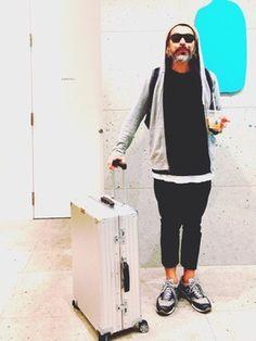 スーツケース/キャリーバッグを使ったコーディネート一覧 - WEAR