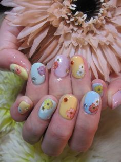 I love these flowered nails!! How pretty for Easter and Spring!! :)