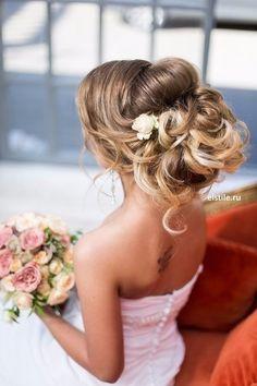 Прекрасная прическа для невесты  #тамаданасвадьбу #идеидлясвадьбы