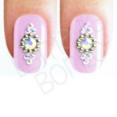 Jóia para Unhas J29 Nail Jewels, Caviar, Acrylic Nails, Nail Designs, Nail Art, Fit, Accessories, Pretty Nails, Gorgeous Nails