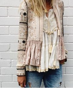 Gorgeous boho style lace top and embroidered jacket 👠 Stylish outfit ideas for women who love fashion! Gorgeous boho style lace top and embroidered jacket 👠 Stylish outfit ideas for women who love fashion! More from my site Boho style Boho Outfits, Stylish Outfits, Fashion Outfits, Womens Fashion, Fashion Ideas, Jackets Fashion, Ladies Fashion, Fall Outfits, Fashion Clothes