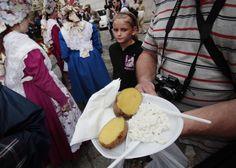 Ten Meals from Ten Polish Regions   Article   Culture.pl Pyry z gzikiem z Wielkopolski (Potatoes with cottage cheese) photo:Piotr Skórnicki / AG