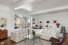 Tony Shalhoub apartment