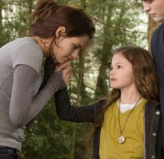 Close up of Renesmee touching Bella's face