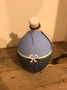 Stattliche Köchin von Susanne Boerner - ein tolles Geschenk für (Hobby) Köche! In zwei Größen. Handgefertigt aus Keramik. Made in Germany. Geschützte…