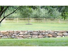 dry stacked rock walls   Awesome dry stack stone wall.