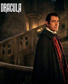 Claes Bang in Dracula Shows On Netflix, Netflix Series, Movies And Tv Shows, Tv Series, Dracula Series, Sci Fi Genre, Werewolf Hunter, Male Vampire, Netflix Horror