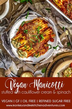 Wholesome Meals Creamy, hearty, and wholesome, this delicious Vegan Manicotti Stuffed with Cauliflower Cream and Spinach is an ultimate comfort food that is sure to please. Vegan Parmesan Cheese, Italian Spices, Vegetarian Recipes, Vegan Meals, Healthy Meals, Vegan Vegetarian, Healthy Food, Plant Based Recipes, Recipes