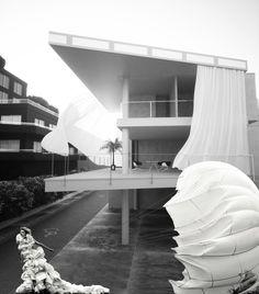 Shigeru Ban curtain wall house and Kristian Schuller fashion