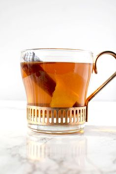 Mulled apple juice is easy to make and a perfect non-alcoholic winter drink. Dairy Free Thanksgiving Recipes, Dairy Free Recipes Easy, Holiday Recipes, Winter Drinks, Holiday Drinks, Mulled Apple Juice, Kosher Recipes, Non Alcoholic, Free Food