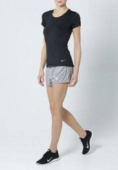 Nike Performance - PRO HYPERCOOL  - T-shirt de sport - black/cool grey