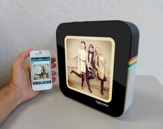 INSTACUBE – ANDROID-BASED DIGITAL PICTURE FRAME FOR INSTAGRAM PHOTOS | BY D2M