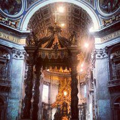 Basilica di San Pietro Basilique Saint-Pierre #Vatican #Rome #Italy #architecture #light #church #latin #dome #mosaic #art #painting #statue #gold #shadow #art #sculpture #MichelAnge #Bernin (Taken with Instagram at Basilica di San Pietro in Vaticano)