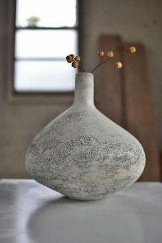 Japanese Ceramics, Japanese Pottery, Pottery Vase, Ceramic Pottery, Slab Pottery, Thrown Pottery, Pottery Painting, Ceramic Clay, Ceramic Vase