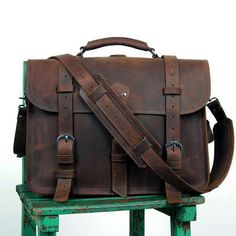 Men's Large Vintage Leather Briefcase / Leather Satchel / Leather Travel Bag - 2 ways: backpack / messenger All Hand Stitched. UNIQUE design made with vintage dark brown Crazy Horse leather. Very rigorous finishes, excellent choice of leather and hardware for ensuring strength and longevity.