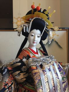 24 INCH VINTAGE JAPANESE OIRAN GEISHA KIMONO KYOTO GOFUN DOLL