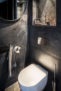 By Linda Lagrand interior design - Modern Bathroom Design, Bathroom Interior Design, Design Kitchen, Grey Bathrooms, Small Bathroom, Bathroom Ideas, Toilet Hotel, Villa Design, Design Hotel