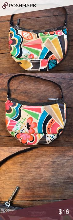 """Brown Accented LeSportSac Small Purse One zipper pouch inside. Dimensions approx  5"""" X 9"""" LeSportsac Bags Mini Bags"""