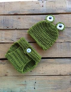 Baby Frog Crocheted Outfit  Photo Prop Hat Diaper by MimisPearTree