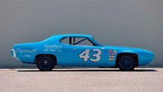 Rule changes in NASCAR rendered Richard Petty's 1970 Plymouth Superbird obsolete after a single season, while his 1971 Plymouth Road Runner lasted two seasons before suffering the same fate. Nascar Autos, Nascar Cars, Nascar Racing, Auto Racing, Chrysler Cordoba, Win Car, Plymouth Satellite, Plymouth Superbird, Richard Petty