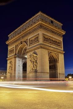 Top 10 Paris attractions for couples