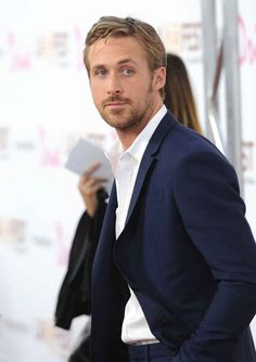 What I mean by this is that Ryan seems like a guy that will cook and clean and do all of the work. That's hot and OK with me. Good DILF. Good. | Why Ryan Gosling Is Going To Be The Hottest DILF To Ever DILF