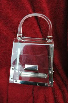 1950s FAB VINTAGE CLEAR LUCITE BOX TRUNK ROUNDED PURSE HANDBAG BAG with METAL