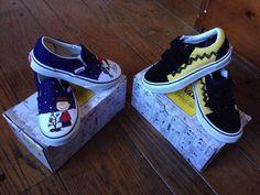 e5df418c9d2b 2 Vans Peanuts Charlie Brown Shoes Kids Size Old Skool Slip On