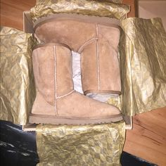 Uggs in very good condition I got these uggs for Christmas from my grandparents, wore them twice and realized they were way too big to deal with, they're a size too big! I will clean them as well before selling! UGG Shoes Winter & Rain Boots