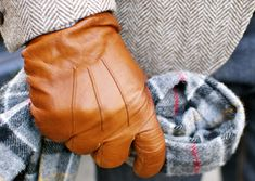 brown leather gloves men stylish chique