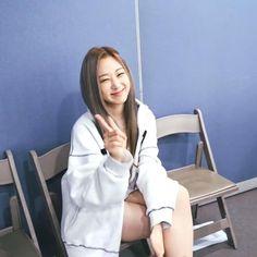 South Korean Girls, Korean Girl Groups, Rapper, The Encounter, Japanese Girl Group, Picts, Kpop, Annie, Board