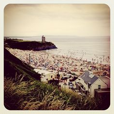 One of my favorite place i visited when i was in ireland! Ballybunion Beach in Ballybunnion, Co Kerry Seaside Towns, Weird World, Places Ive Been, Paris Skyline, Irish, Dolores Park, Surfing, Places To Visit, Around The Worlds