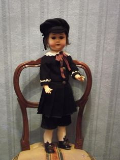 Muñeca antigua WILLIAM GOEBEL antique doll