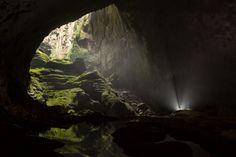 Hidden world in Vietnam cave