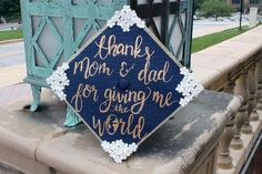 floral flowers navy white mom and dad thanks globe grad cap