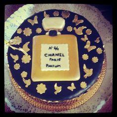 Chanel cake - Rio