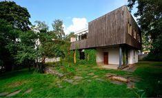 Brunner Sanina - Architect - Alvar Aalto - Aalto House - Helsinki - Filand - - photo by Chen Hao Chinese Architecture, Modern Architecture House, Futuristic Architecture, Residential Architecture, Modern Houses, Alvar Aalto, Zaha Hadid Architects, Famous Architects, Le Corbusier
