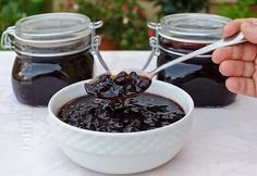 Dulceata de cirese amare – reteta video Romanian Food, Romanian Recipes, Chocolate Fondue, Preserves, Pickles, Jelly, Pudding, Homemade, Canning
