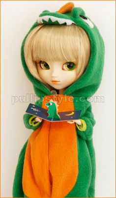 RE-817 July 2012 - Pullip Regeneration Paja - $119.95