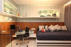 Bancada acrescenta charme e modernidade a decoração.