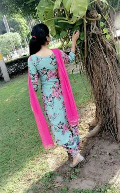 Best Trendy Outfits Part 12 Punjabi Suits Designer Boutique, Indian Designer Suits, Punjabi Boutique, Punjabi Girls, Punjabi Dress, Dress Indian Style, Indian Fashion Dresses, Stylish Girls Photos, Stylish Girl Pic